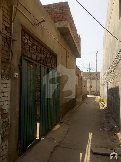 One Room Independent House Portion Is Available At Rent T Chungi No 9 Multan