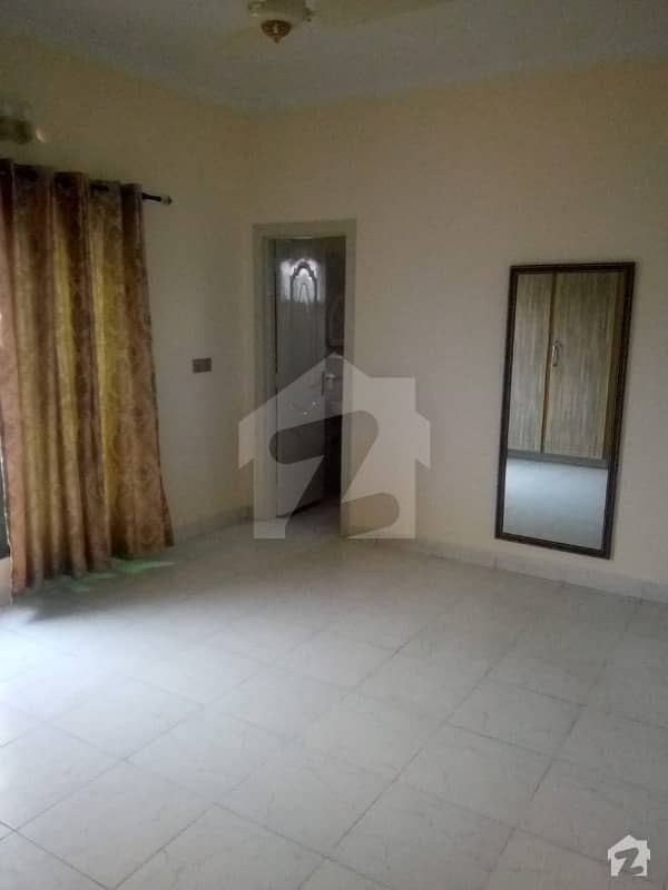 قرطبہ چوک لاہور میں 2 کمروں کا 3 مرلہ فلیٹ 40 لاکھ میں برائے فروخت۔