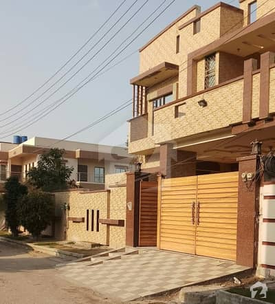 Double Storey 01 Kanal Corner House For Sale In Ideal Location