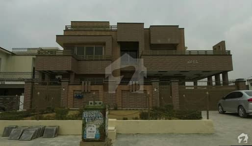 Brand New 3 Unit House For Sale In Main Service Road G-14/4