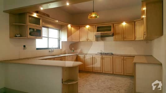 600 Yards Renovated 2BHK Portion For Small Families