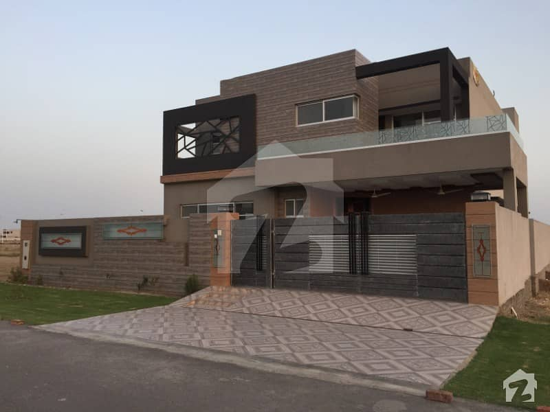 Low Price Kanal Owner Built Brand New Bungalow For Sale Near Glof Club