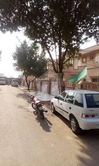 45 Marla House A block Eden Abad
