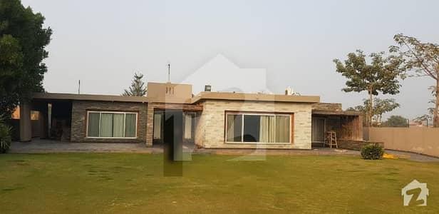 12 Kanal New Farm House  For Sale Hot Location