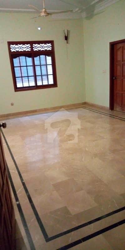 Gulshan 400 Sq Yards New First Floor 3 Bed D/D Lounge Block 13D1
