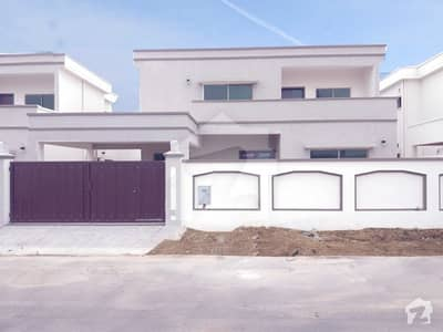 Ideal Location Brand New 500 Yard Bungalow Available For Rent