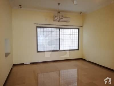 Corner And Secured 6 Bed House With Air Cons And Basement