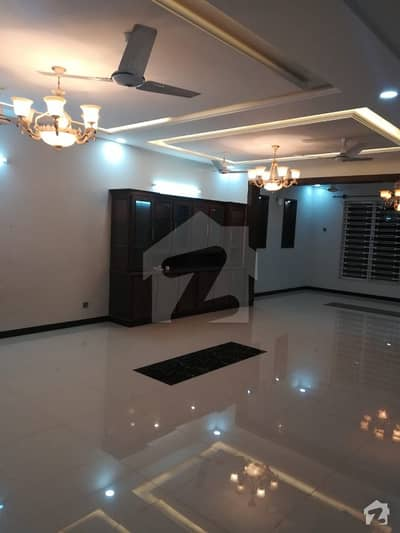 Brandnew 40x80Ground portion  for Rent with 3 bedrooms in G13 Islamabad