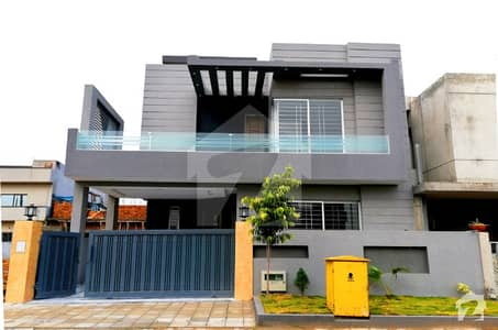 Decent Design Luxury House For Sale