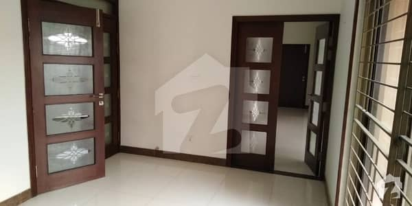 1Kanal Brand New Beautiful Royal Place out Class Modern Luxury Upper Portion For Rent in HBFC Society
