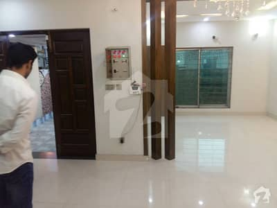 5 MARLA BRAND NEW DOUBLE UNIT HOUSE FOR RENT