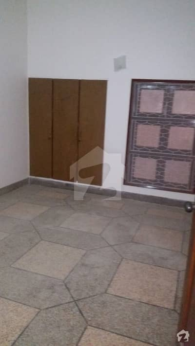 Cc28 200 Sq Yards Ground Floor Portion For Commercial Purpose For Rent