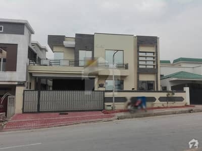 Triple Storey Brand New House For Sale On Road C Boulevard