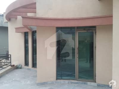 Cantt Estate Offer One Kanal House For Rent In Cavalry Ground