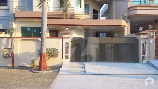 10 Marla House For Sale On 40 Feet Road