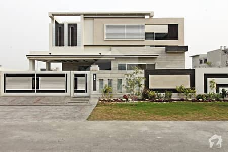 1 Kanal Brand New Modern Style Bungalow At Center Location No Boundary