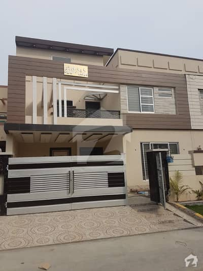 14 Marla House Is Available For Sale IN JOhar Town Lahore