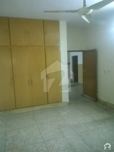 One Room Available For Rent In Karim Block