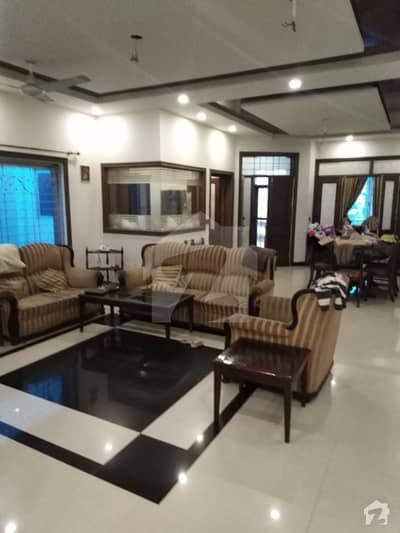 10,MARLA BRAND NEW UPPER PORTION IS AVAILABLE FOR RENT IN JOHAR TOWN NEAR DOCTOR HOSPITAL