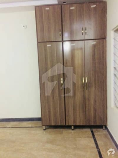 Room Is Available For Rent In Allama Iqbal Town Lahore Only For Girls