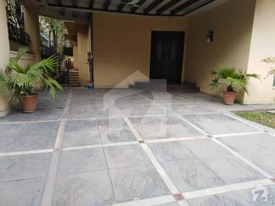 F7 Like A Brand New 05 Bedroom Semi Furnished House Only For Foreigners Or Multinational