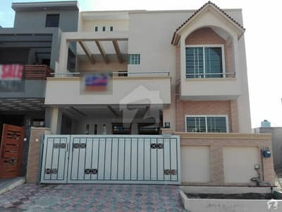 6 Marla House Is Available For Sale In Media Town