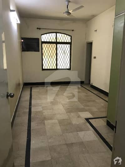 4 Marla Ground Floor 2 Bed Family Portion For Rent In Muslim Town