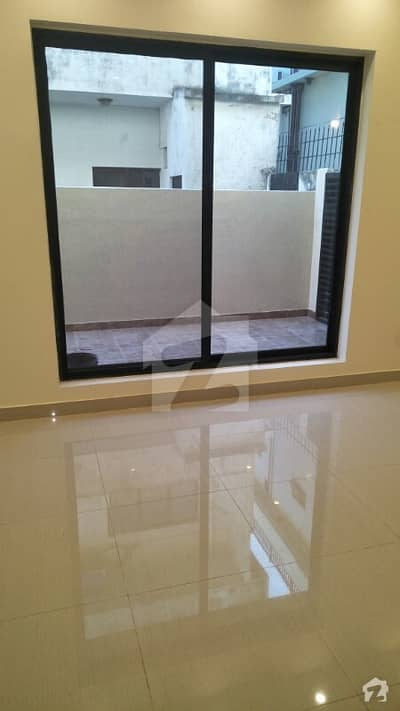 HOUSE FOR SALE IN SECTOR G10