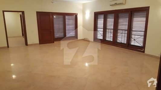 Beautiful Ground Floor Portion For Rent In Phase 6 Dha