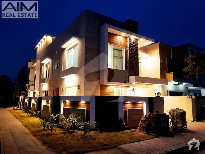 Luxury 11 Marla Corner House