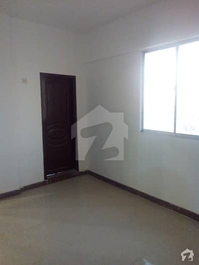 Maintained 3 Bed DD Flat Available For Sale In Gulshan Block 1
