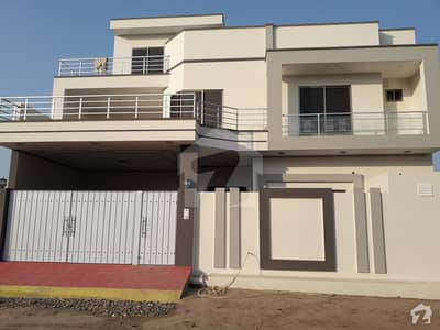 Triple Storey Newly Build House For Sale