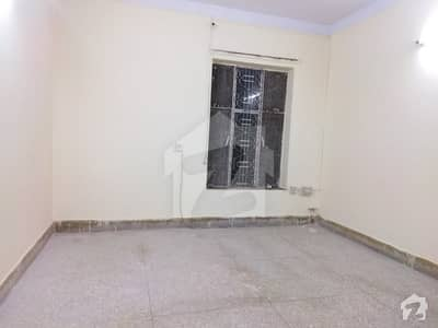 3 BED ROOMS UPPER PORTION AVAILABLE FOR RENT IN SIKANDAR BLOCK