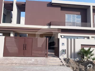 10 Marla House For Sale In A Block