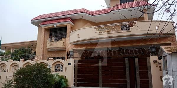 House Available for Rent in F7
