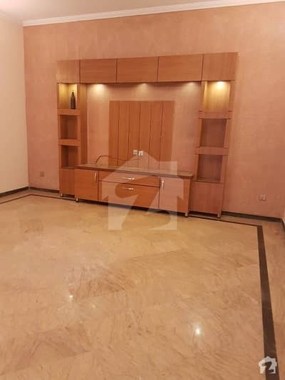 Luxury Indepandant 10. Marla Upper Portion For Rent New Totely Real Pix Near Shouktkhanam
