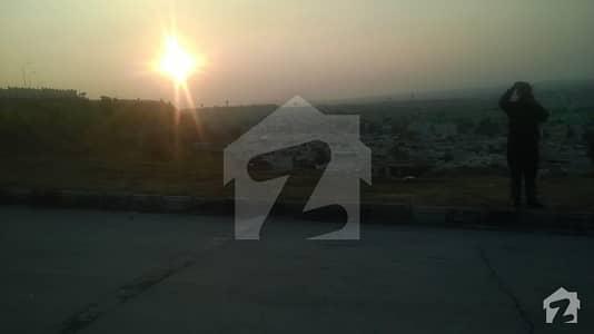 Rawalpindi Bahria Town Phase8 Awami Villa 3 Premier Available