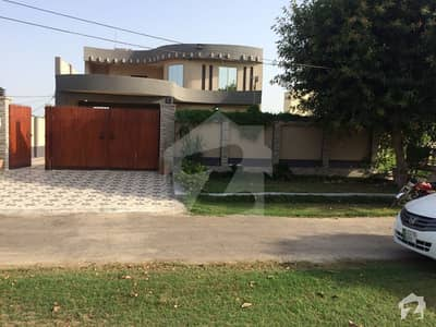 26 Marla Double Storey Almost New Bungalow For Sale 600 Sq Yards In DOHS Okara Cantt