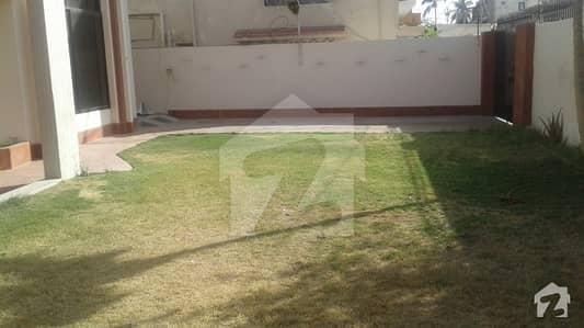 نارتھ ناظم آباد ۔ بلاک ایف نارتھ ناظم آباد کراچی میں 1.67 کنال رہائشی پلاٹ 8.5 کروڑ میں برائے فروخت۔