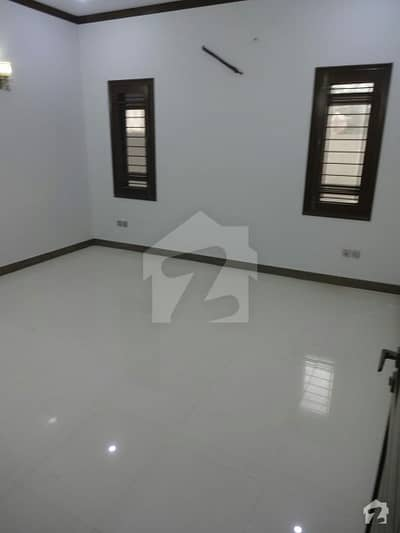 BRAND new 500 yard 3 ved portion for rent in D H A phase 8