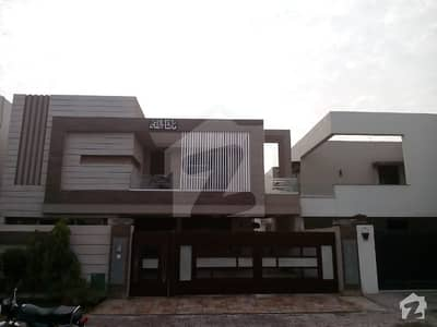 1 Kanal Luxury House for sale in Babar block Bahria Town Lahore
