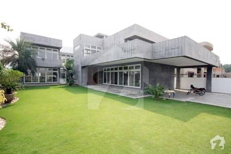 2 Kanal Brand New House with Basement for Rent in Phase 8
