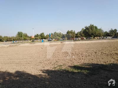 Corner Facing Park 8 Marla Plot Block D Bahria Orchard Lahore