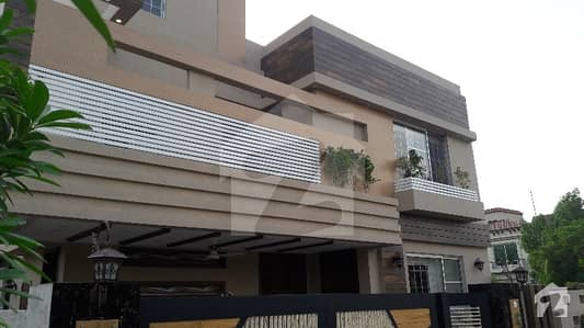 SOLID CONSTRUCTED 10 MARLA BRAND NEW HOUSE FOR SALE IN BAHRIA TOWN LAHORE