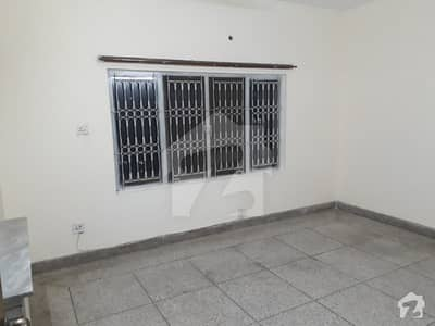 733 Sq Yard Beautiful upper portion For Rent In F10 Islamabad   3 Beds With Attached Bath