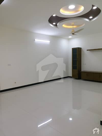 F11 Executive suits 2 bed apartment 1500 sqft Available For Rent