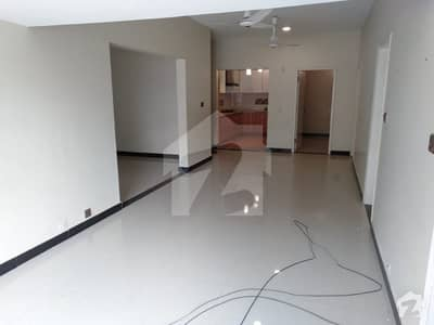 Chapal Beach Luxury Apartment 3 Bedrooms Drawing Dinning for Rent Clifton