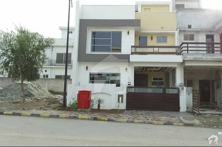 Bahria Enclave Islamabad Sector B1 Brand New House 5 Marla For Sale