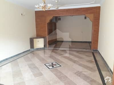 600 Sq Yard Beautiful upper portion For Rent In F11 Islamabad   3Beds With Attached Bath