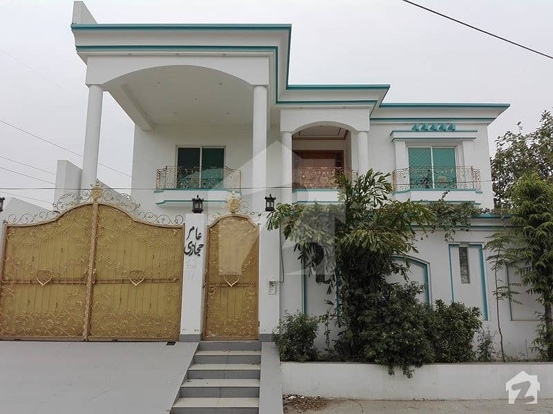 House Is Available For Rent On Canal Road